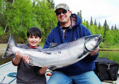 Alaska Fishing Trips for King Salmon with iFishAlaska Guide Service
